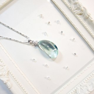 """Ice Crystal ice"" elegant sea-blue glass necklace - mysterious crescent -N4"