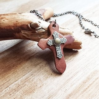 Vintage Cross Studded Pendant / Leather Short Necklace