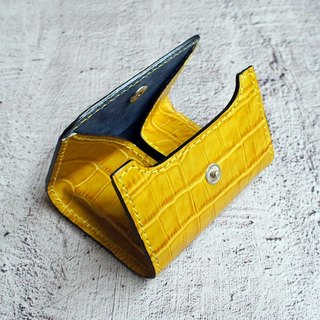 Narrow leather purse caramel yellow luxury crocodile
