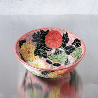 Like an antique, a bowl of chrysanthemum in a peach ground