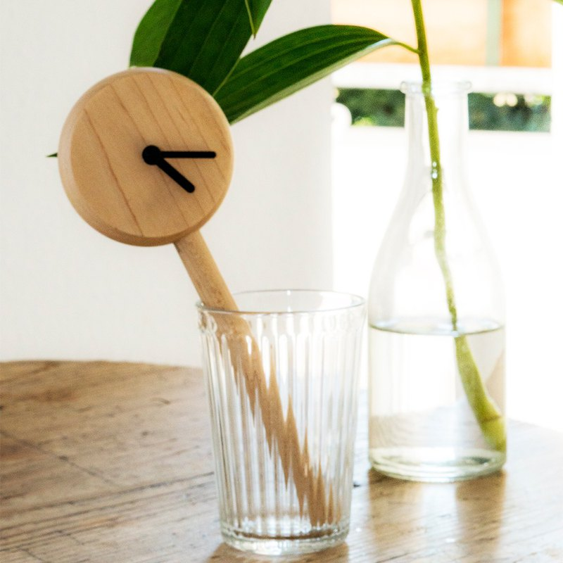 時鐘木棍子枫木颜色