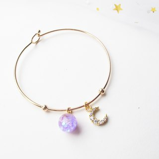 Rosy Garden light purple glitter with water inside glass ball bangle