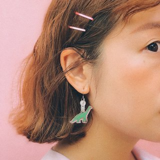 Dinosaur / earrings with rice balls