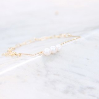 Natural pearl new geometric 14K gold bracelet / natural water pearl with 14KGF chain & wire