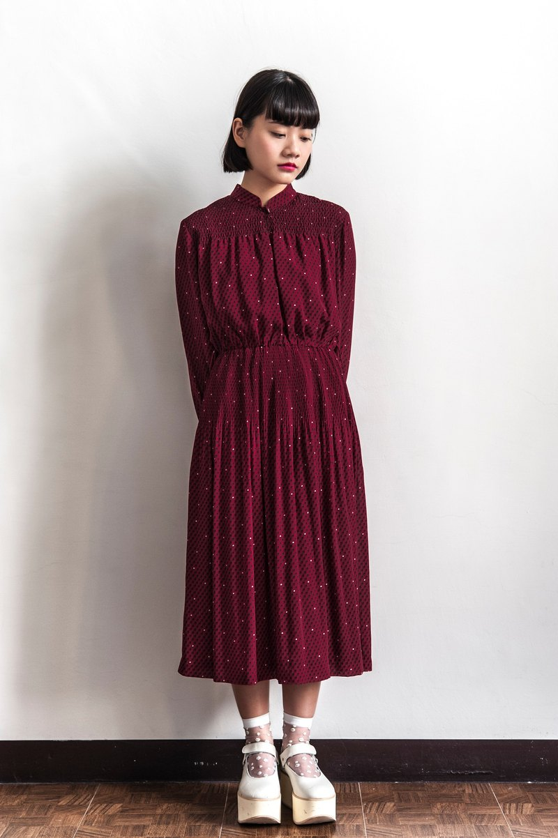 Vintage red rose with long sleeved dress