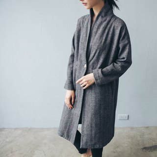 Single button long coat - wool