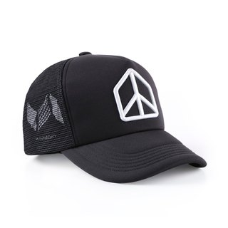 Harmony / three-dimensional embroidery mesh cap. Black models