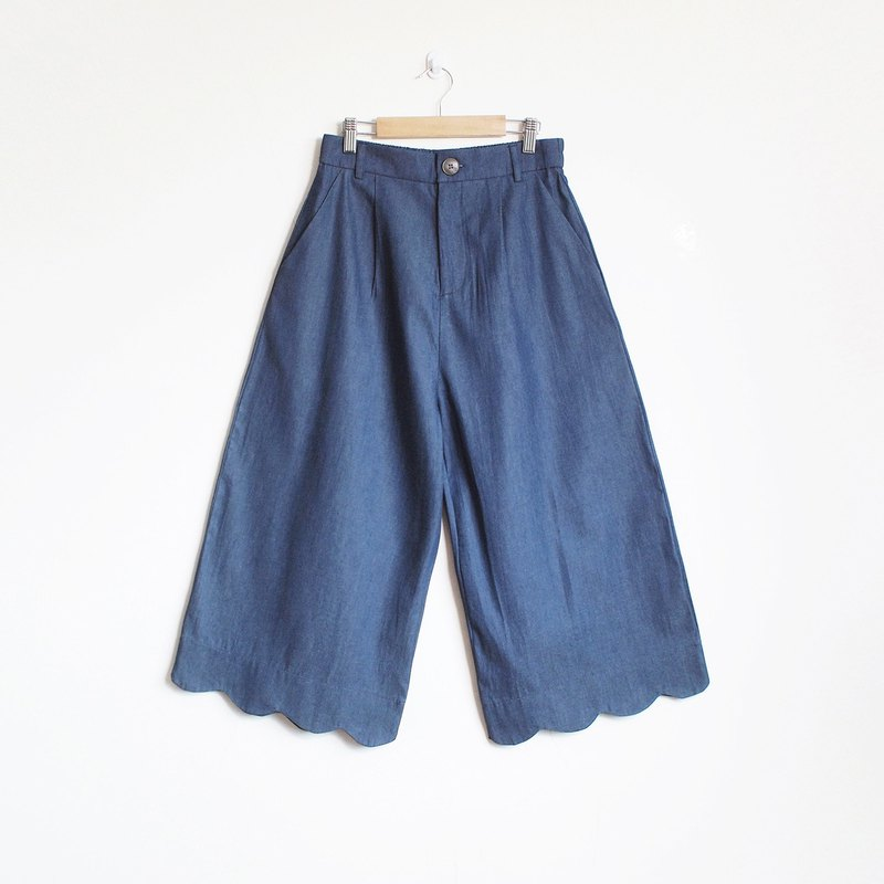 scallop pants : navy