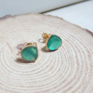 Free postage :  Emerald Stud Earrings | 18K Yellow Gold Plated