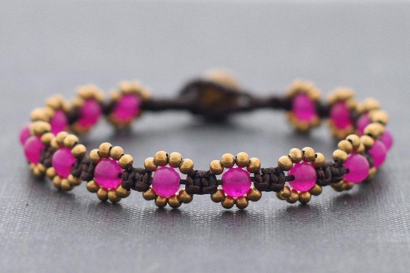 紫紅色粉紅色的花手鍊,黃銅串珠編織雛菊手鍊波希米亞風格