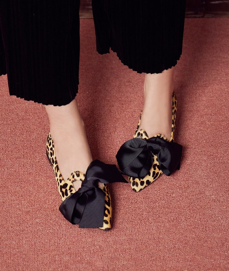 [Miss shopaholic] elegant hollow bow tie shoes _ horse hair leopard print (24-26 take small half)