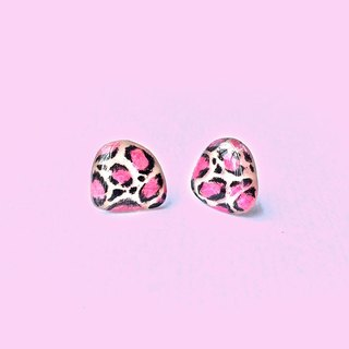 Pink Leopard - hand-painted earrings / hypoallergenic needle / can be changed clip