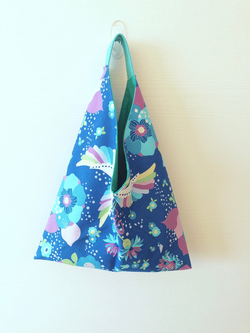 Triangle Tote Bag - Sky Blue Cat/Japanese Style Origami Bag