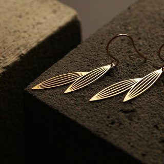 Two Sasagrasses Earrings (Gold)