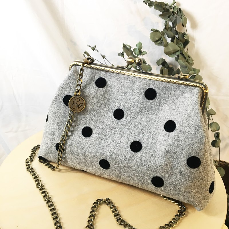 Handmade 2WAY 20cm frame shoulder bag -retro polka dot