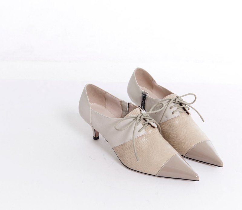Lace-up stitching oxford shoes apricot