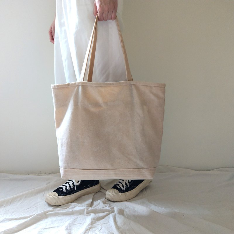 Heavy Duty Tote | 14 oz Waxed Canvas | Natural