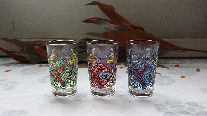早期印花烈酒杯-佩斯里 (餐具/老件/舊物/玻璃/圖花/變形蟲)
