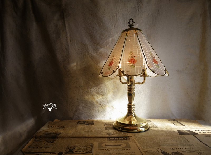 Old Time OLD-TIME [early] large glass lamp table lamp*Taiwan's national post office to send only*