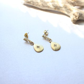 Old town of the sea- Brass zircon earrings