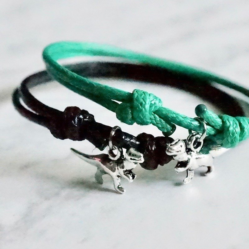 ITS-B807 [Minimal series, there are dinosaurs] 1 dinosaur wax rope bracelet.