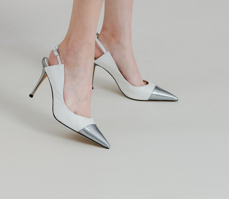 Curved instep mouth stitching high heels white