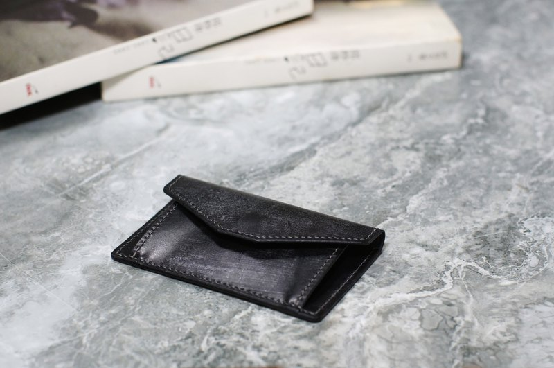 [Portable series] pure hand-stitched black change card holder. Bridle Leather