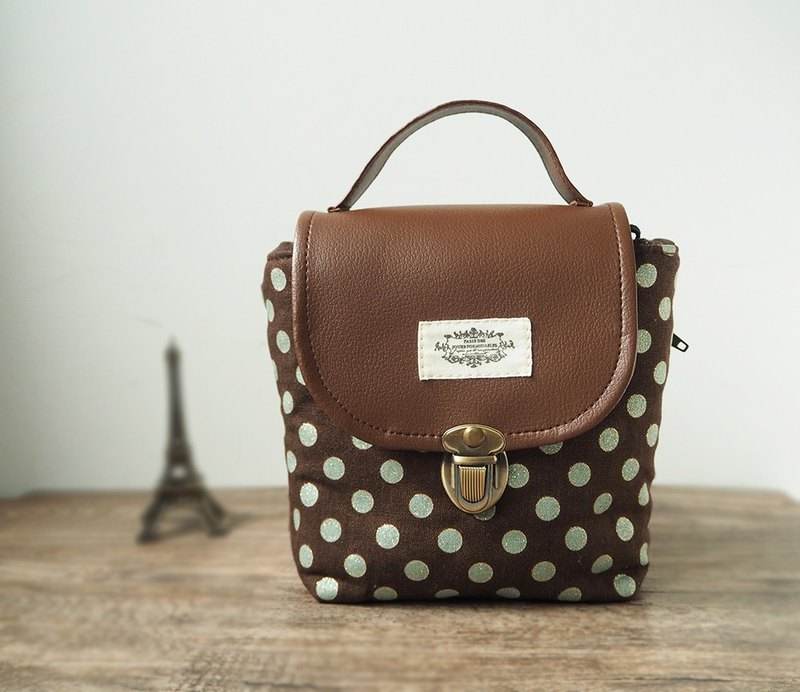 (Spot Free Shipping - Square Small Camera Bag) Polaroid Single Single Eye B36 Coffee Green Point