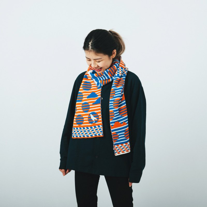 Striped Dots Blue/Orange Jacquard Knitted Scarf | Yu Square x inBlooom