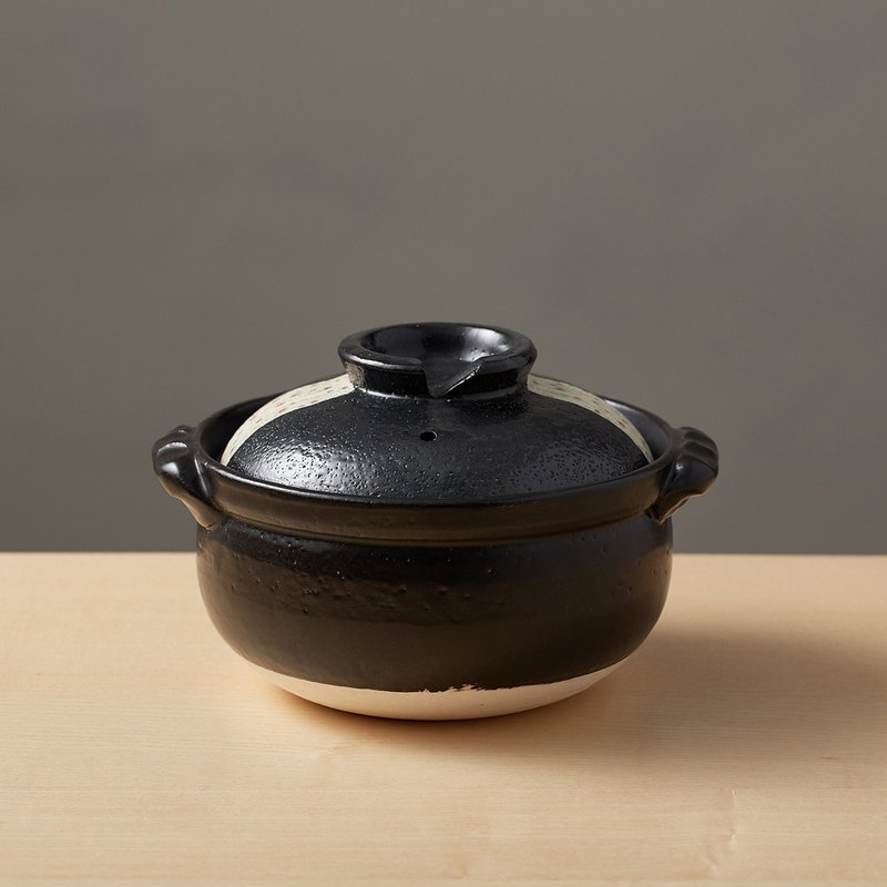 There is a kind of creativity - Japan Wankoo - Zhuyu Dotted Clay Pot No. 5.5 - Black (0.9L)