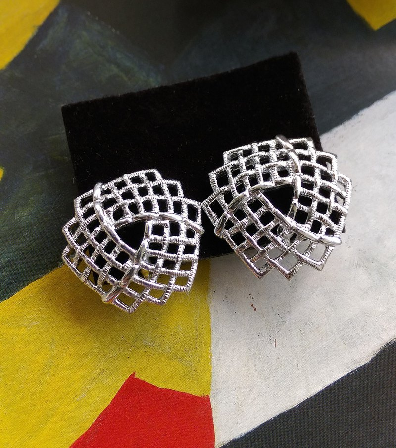 [Western antique jewelry / old age] SARAH COV TRELLIS silver mesh clip earrings
