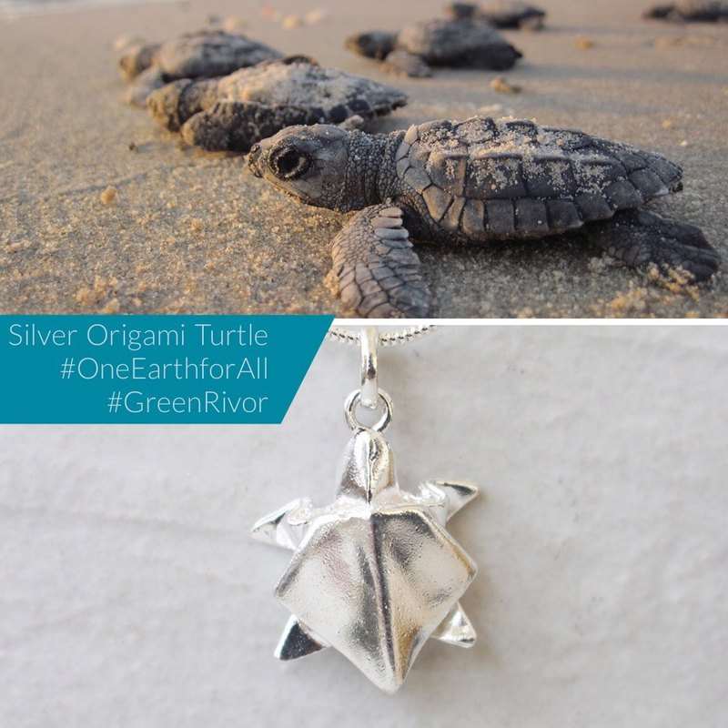 Silver Origami Big Sea Turtle Necklace /Animal necklace/Silver Origami