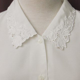 Vintage Japanese Elegant Cute Flower Embroidered Lapel White Long Sleeve Vintage Shirt Vintage Blouse