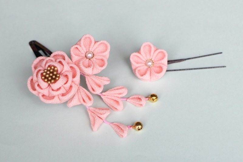 Pure silk camellia hair decoration Mini pink U pin flower with one wheel knob workmate