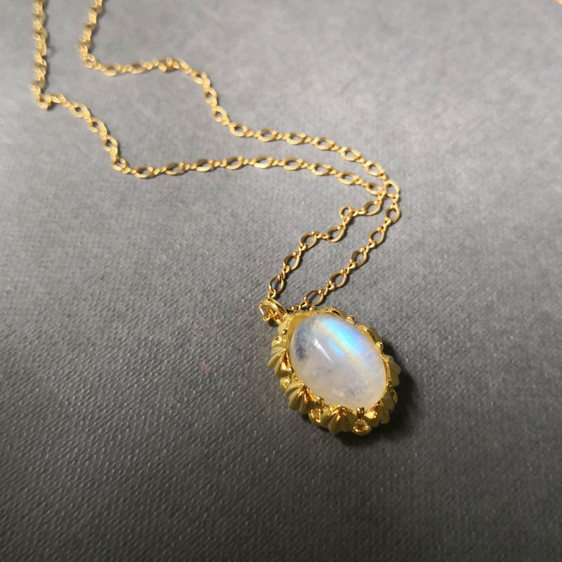 Delia flower sterling silver gold-plated pendant chain - blue halo moonstone