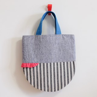 Skirt shaking - cotton and linen handbag - light blue x Article EH75