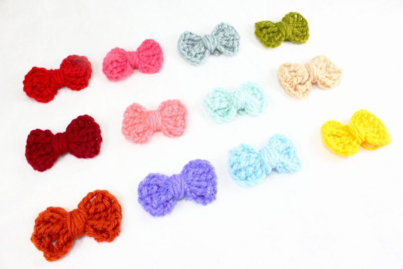 Crochet Hair Bows (clip) Pastel Crochet Hair Bows ,Toddler bows Pet Accessories