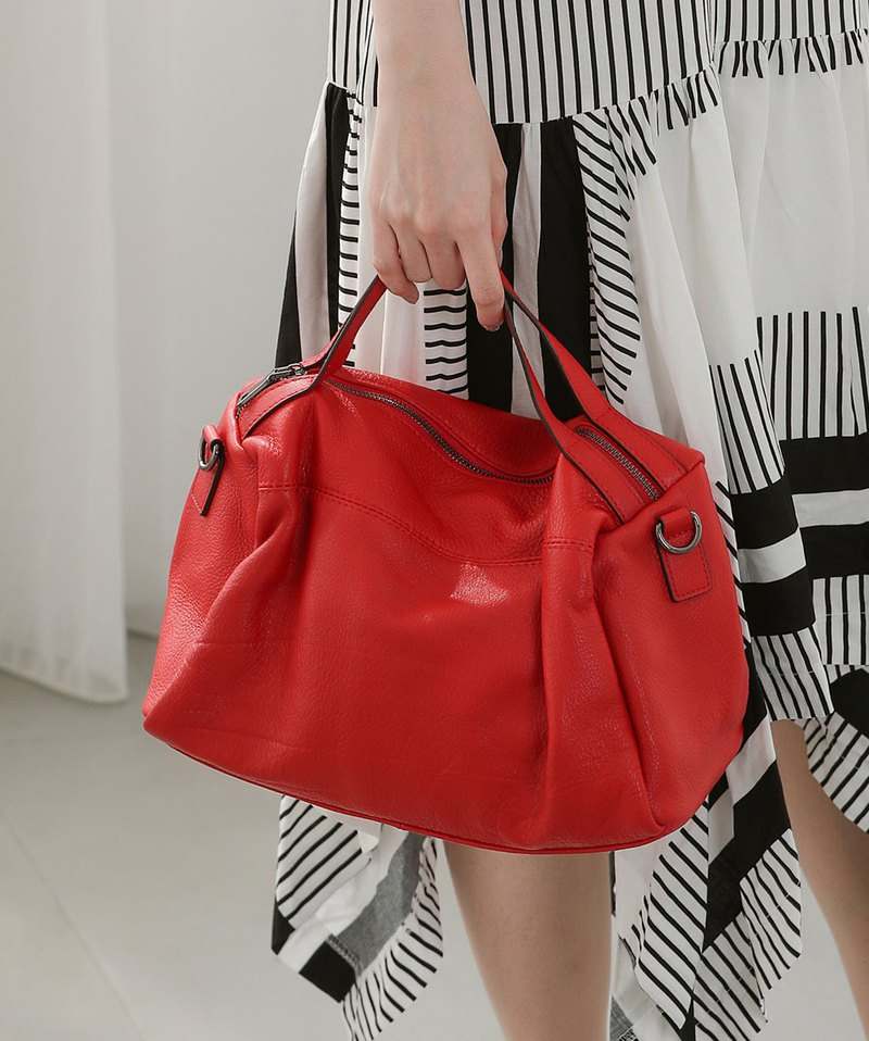 Simple city leather portable shoulder 2 with Boston bag red