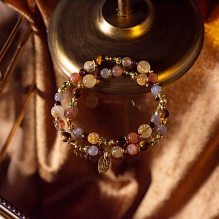 <Slow Temperature Natural Stone> C1233 Titanium Crystal Tiger Eye Double Circle Bracelet // Girl Playing the Piano
