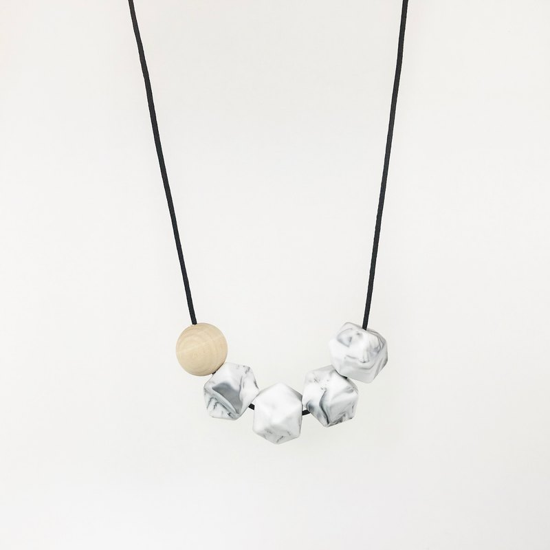HEX NECKLACE - MARBLE