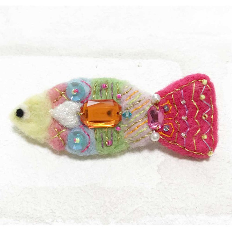 Fish Brooch 003