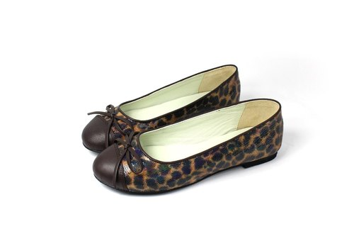 Leopard │ trim bow baby shoes