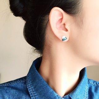 Cold Tone Winter Mount Fuji Earrings