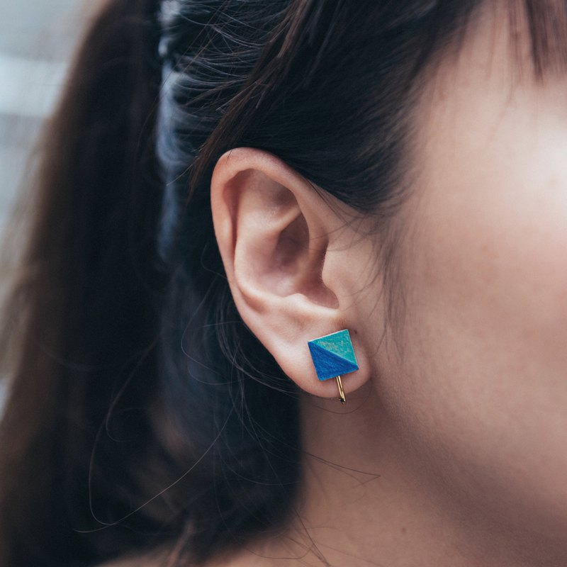 Ear clip. Blue sea geometric square earrings leather hand-painted hand made with Christmas packaging