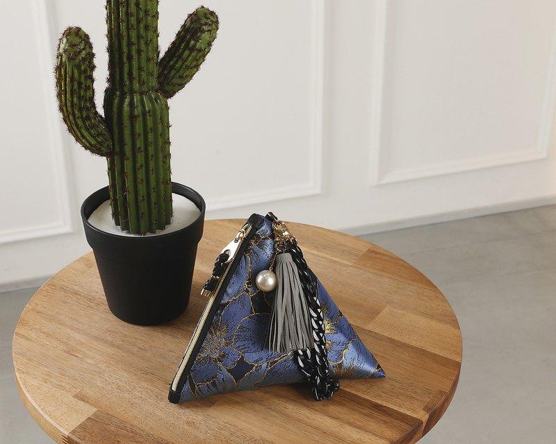 nocturnal flowers -deep blue- triangular clutch pouch bag