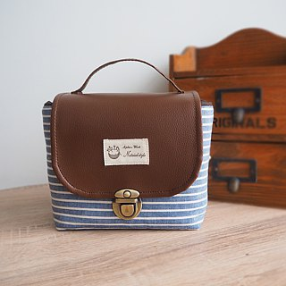 (Large camera bag) Single small single eye camera thick cotton camera bag (blue and white pinstripes) BZ23