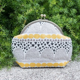 [shredded paper mosaic] (yellow) retro metal mouth gold bag - big section #随包# cute #斜袋