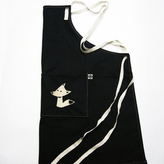 Dark embroidered figure apron (canvas black) __made as zuo zuo hand made apron