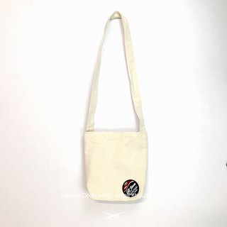 【SH In Taiwan】 Taiwan Code +886 Series_ Small white shoulder bag, canvas bag