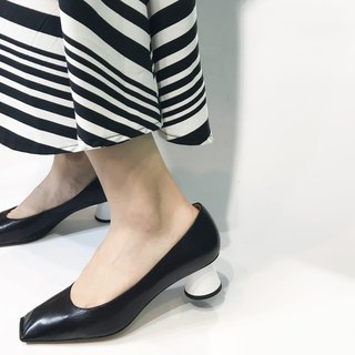 Cone low heel shoes || Dali graphite black on the beach|| #8141
